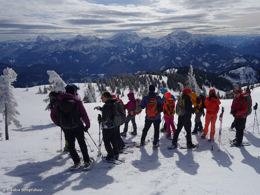 Improvers Snowshoe Training